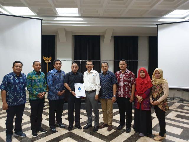 Penyerahan Rekomendasi Penyusunan Peta Revisi RTRW Kabupaten Pringsewu Tahun 2011-2031